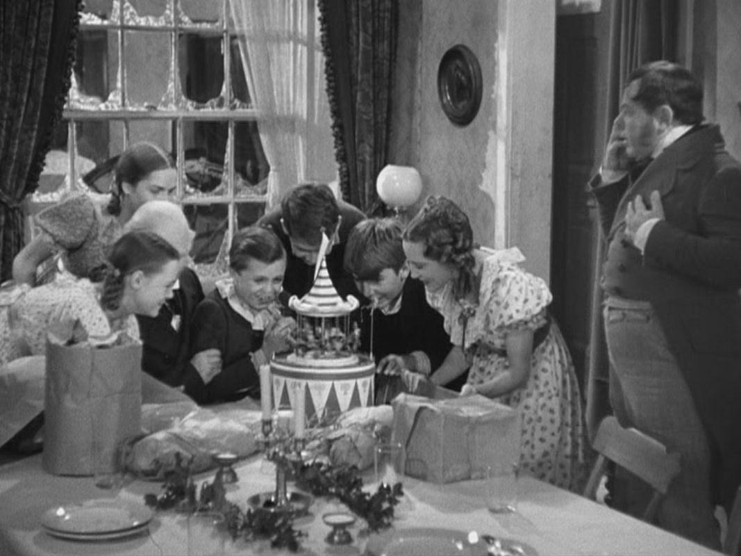 A-Christmas-Carol-1938-christmas-movies-27945956-1067-800