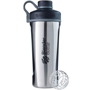 gym essentials - shaker