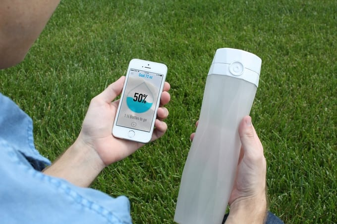 The Smart Water Bottle Everyone Needs